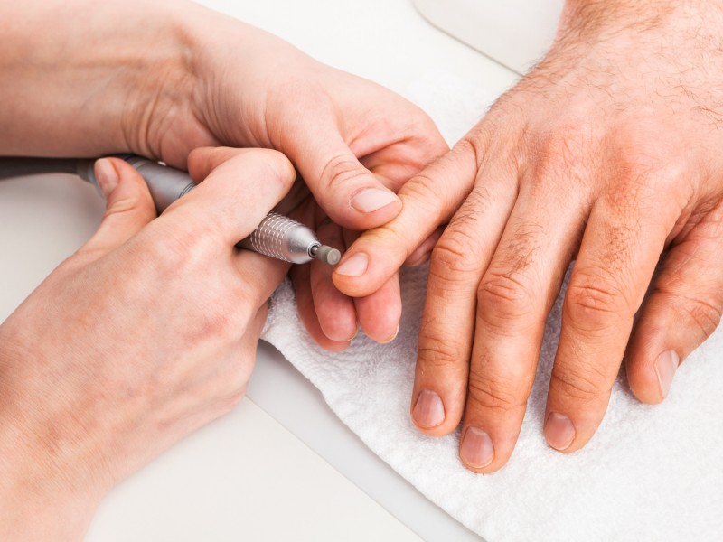 manicure męski